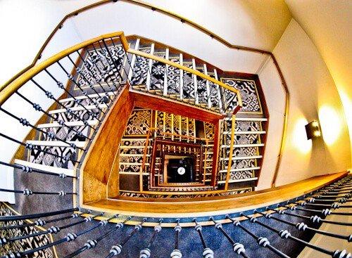 Hotel Indigo York - Staircase
