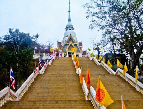 Wat Khao Takiab, Hua Hin