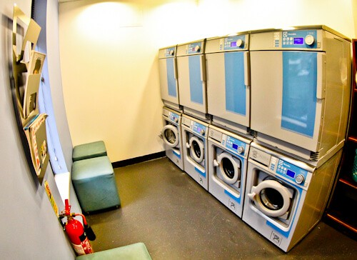 Staybridge Suites Newcastle - Laundry Room