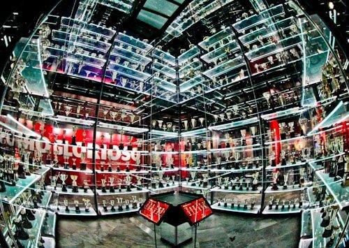 Benfica stadium tour, Estadio da Luz, Museum trophy cabinet