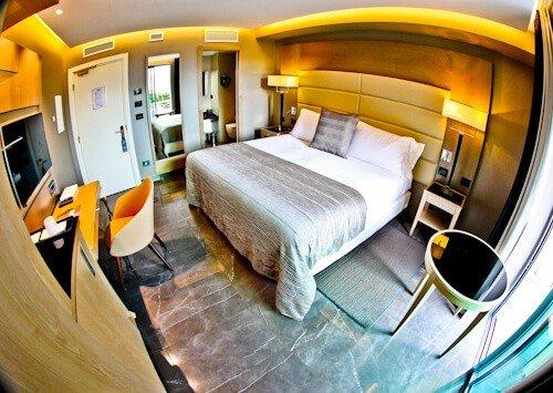 Hotel Forum Pompei - guest room