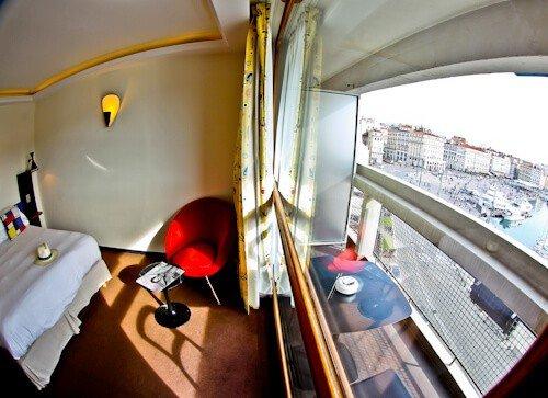 La Residence Du Vieux Port hotel, Marseille old port - prestige room with balcony
