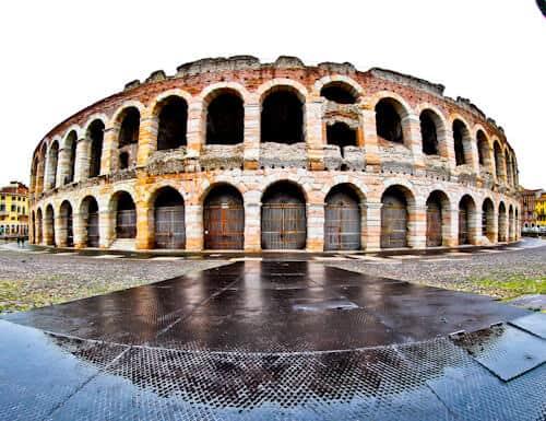 Verona Arena, Roman Amphitheater, Italy - location