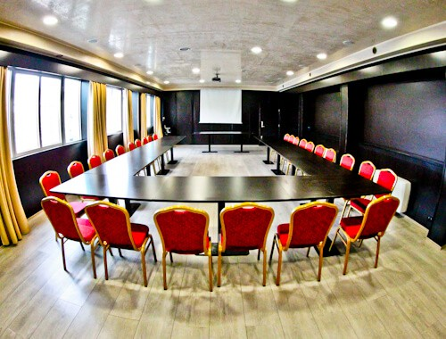 Hotel Prezident Novi Sad, Travel Blogger Review - business conference room