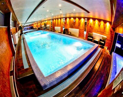 Hotel Prezident Novi Sad, Travel Blogger Review - spa and swimming pool area