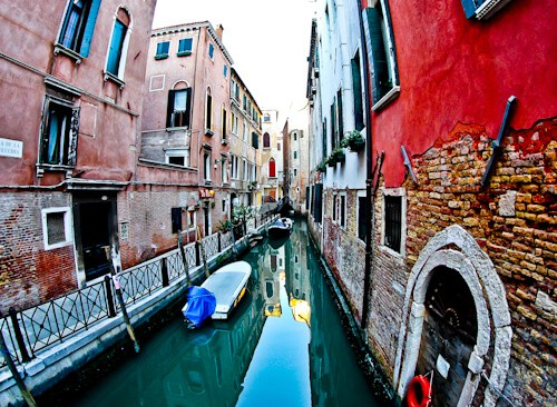 the reflections of the canals of Venice
