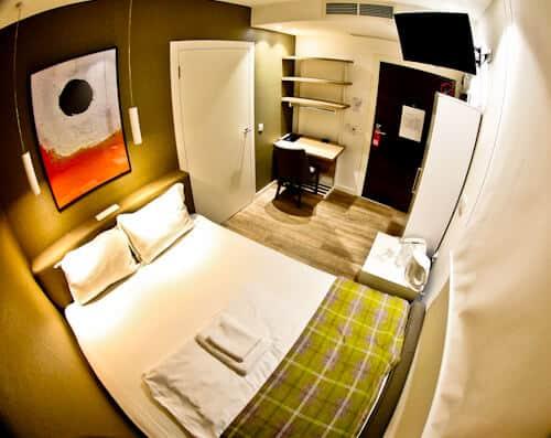 Belgrade Inn, Serbia - Travel Blogger Review, guest room
