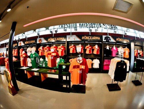 Galatasaray - Stadium Tour - Turk Telekom Stadium - club shop
