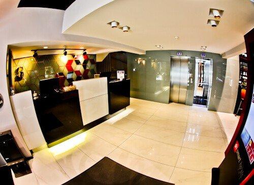 Izmir Hotel - Smart Hotel - check in - reception