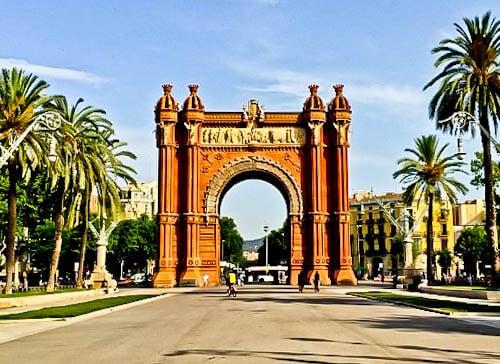 Barcelona Landmarks - Arc de Triomf