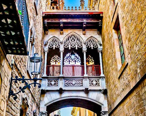 Barcelona Landmarks - Bridge of Sighs
