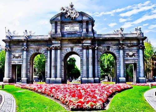 Madrid Landmarks - Puerta de Alcala
