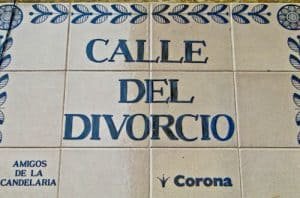 Things to do in Bogota, Colombia - Calle del Divorcio