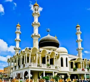 Things to do in Paramaribo Suriname - Mosque Keizerstraat