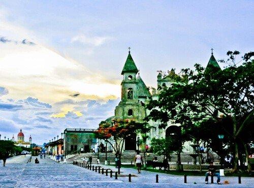 Granada Nicaragua - Paseo de los Mangos
