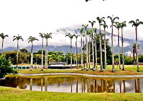 Things to do in Caracas Venezuela - Generalisimo Francisco de Miranda Park