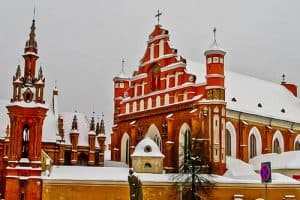 Things to do in Vilnius - St Anne's Church