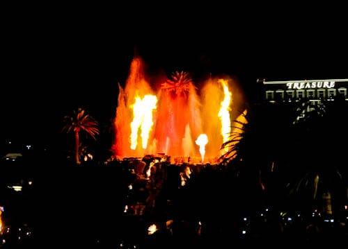 Las Vegas Landmarks - Mirage Volcano