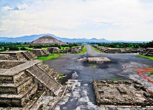 Teotihuacan main street