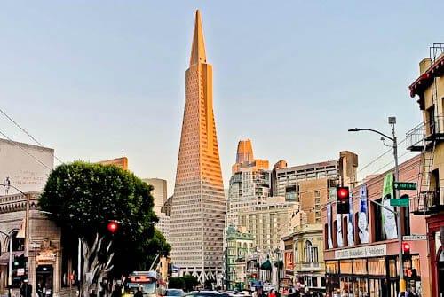 San Francisco Landmarks - Transamerica Pyramid