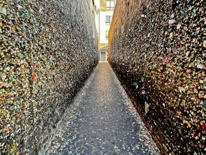 Bubble Gum Alley, Seattle Landmarks