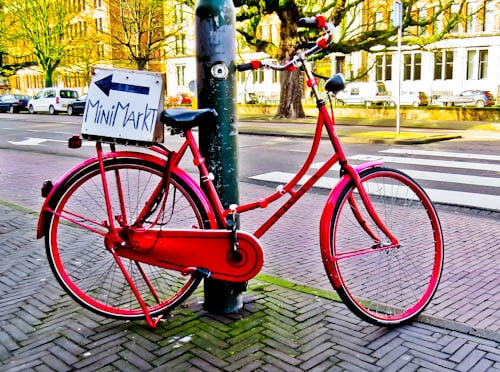 Things to do in The Hague - Photograph push Bikes