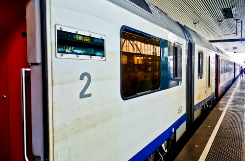 Train from Ghent to Bruges, 30 minutes, €7