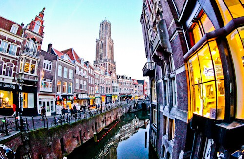 Things to do in Utrecht - Oudegracht canal and reflection photography
