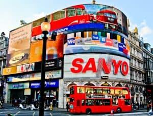 London Landmarks - Piccadilly Circus