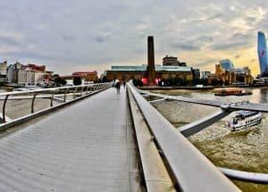 London Landmarks - Millenium Bridge and Tate Modern Museum