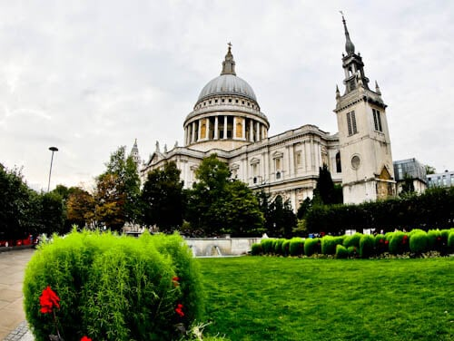 London Landmarks - St Paul's Cathedral