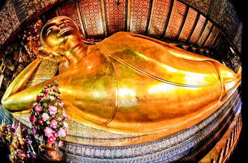 Bangkok - THings to do in Bangkok Thailand - Wat Pho - Reclining Buddha