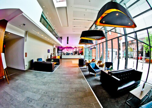 DoubleTree Hilton Hotel Leeds City Centre - Check In