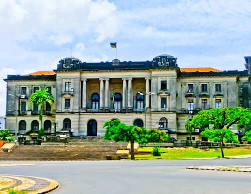 What to see in Maputo Mozambique - City Hall, Independence Square