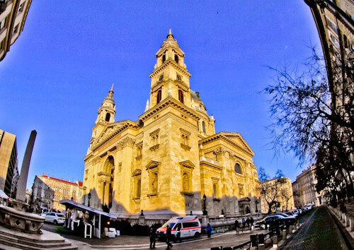 Things to do in Budapest - St. Stephen's Basilica