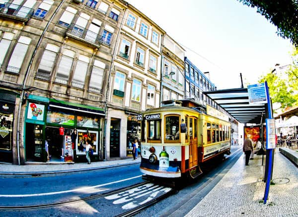 Things to do in Porto Portugal - Tram Spotting