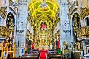 Things to do in Porto Portugal - Carmo and Carmelitas Churches - Interior