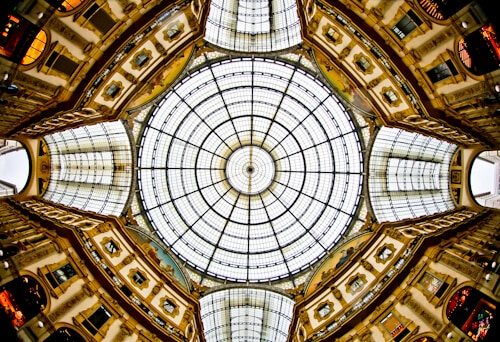 Galleria Vittorio Emanuele II,iron and glass domed roof