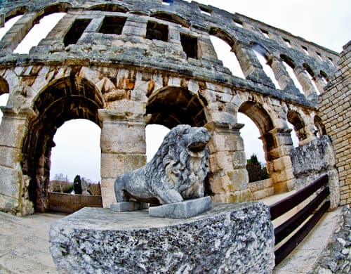 Pula Arena Croatia Roman Amphitheater, Events