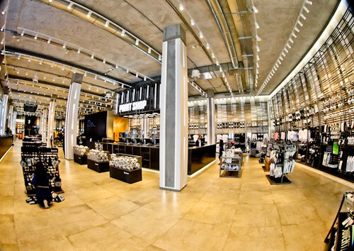 Juventus Allianz Stadium Tour, Turin - club shop
