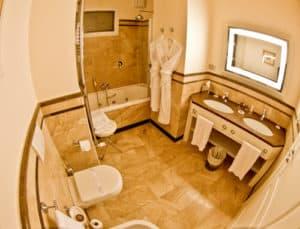 Victoria Hotel Letterario Trieste, Victoria Hotel Letterario Trieste, en suite bathroom