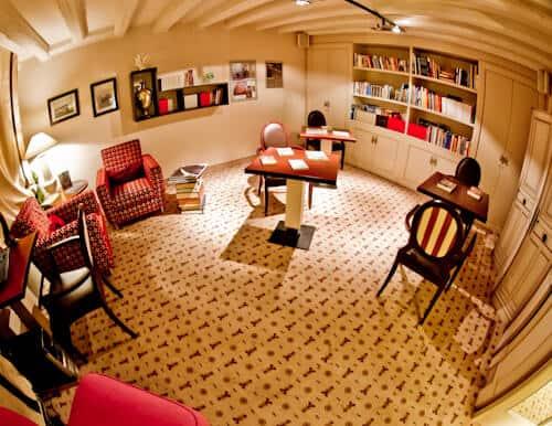 Victoria Hotel Letterario Trieste, library