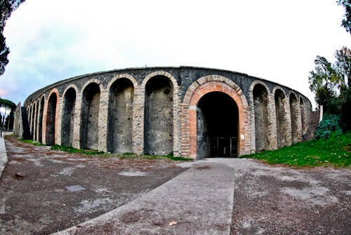 Amphitheater of Pompeii, Ancient Pompeii - location