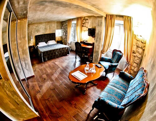 Astoria Boutique Hotel, Kotor Montenegro - guest room