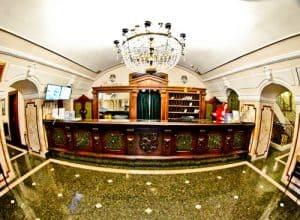Hotel Leopold I, Novi Sad, check in