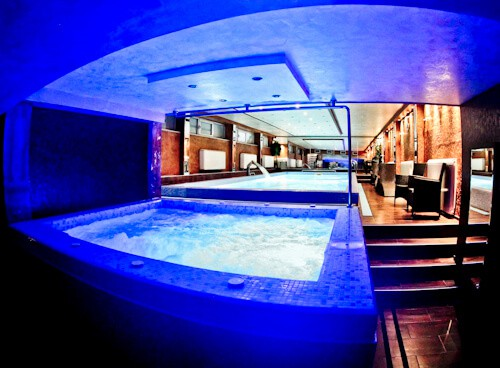 Hotel Prezident Novi Sad, Travel Blogger Review - wellness spa jacuzzi