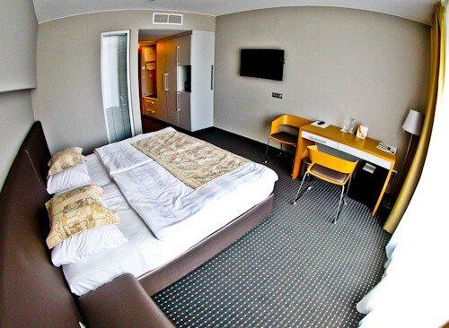 Hotel Thermana Park Lasko, Slovenia Spa Region - guest room