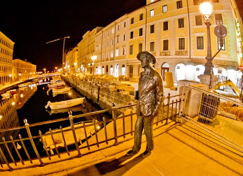 Things to do in Trieste - James Joyce statue