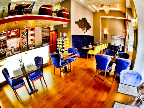 Istanbul Hotels - Hotel Momento Golden Horn - onsite bar and restaurant