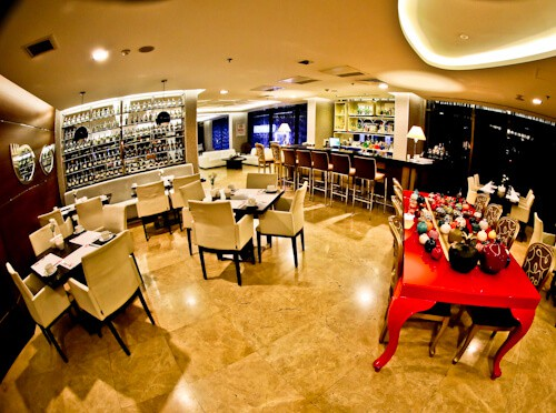 Ankara Hotel - Niza Park Hotel - onsite bar and restaurant